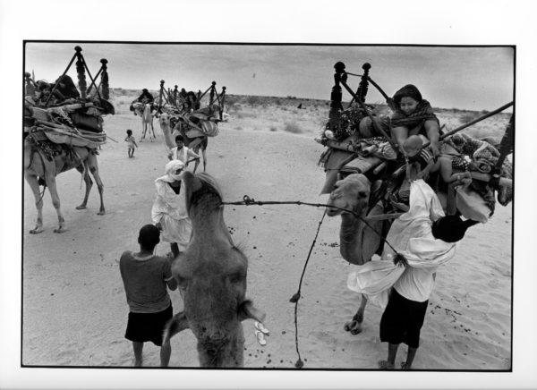 Oppbrudd, Mauritania 1996, (25) 70x100cm Gelatine Silver Print